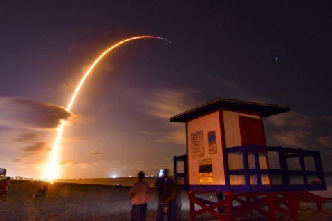Can a new space race connect the world to the internet?