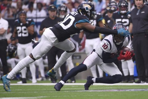 AP source: Jaguars star Jalen Ramsey wants to be traded