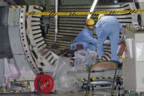 Japan urges nuke plants to prepare for decommissioning era