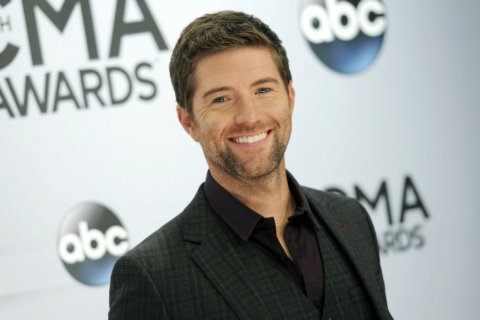 Bus carrying singer Josh Turner's road crew crashes, 1 dead