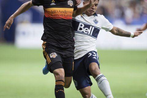 Montero scores in 90th, Whitecaps beat Dynamo 2-1