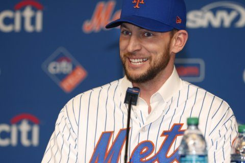Mets activate Jed Lowrie from IL for 1st time this season
