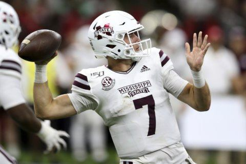 Mississippi State's Stevens 'day to day' with shoulder issue