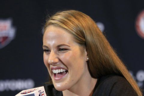 Correction: Missy Franklin Weds story