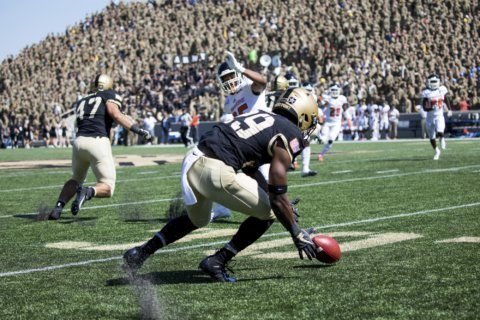 Army beats Morgan State 52-21 heading into bye week