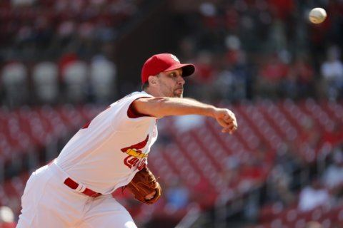LEADING OFF: Wainwright streak, Snell starts, Freeman out