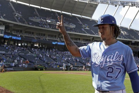 Mondesi has big game in return from IL as Royals top O's 6-4