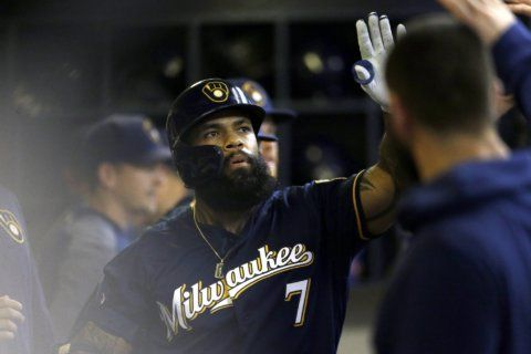 Thames homers twice, Brewers move into tie for top wild card