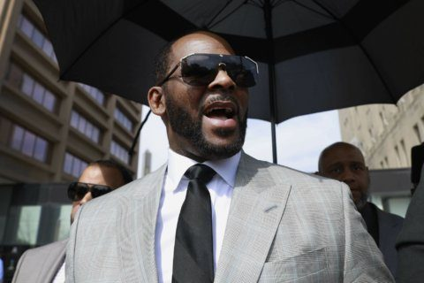 Prosecutors: R. Kelly moved to general inmate population