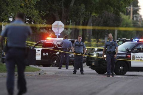 Minnesota officer fatally shoots man during fight