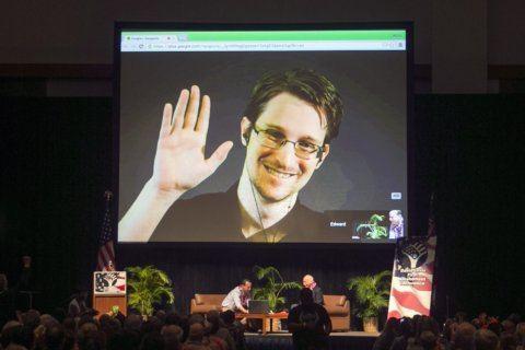 Snowden calls on France's Macron to grant him asylum