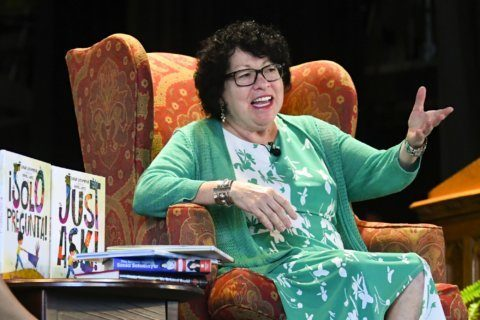 Justice Sotomayor encourages kids to 'Just Ask' in new book