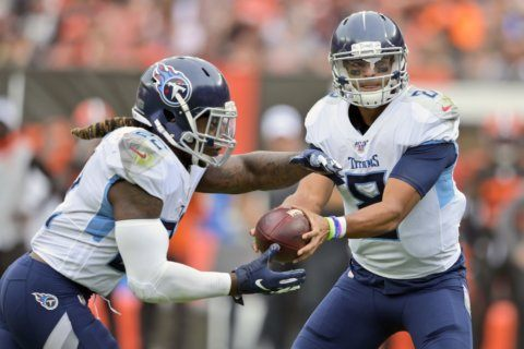 Mariota, Titans sack Mayfield, hyped Browns 43-13 in opener