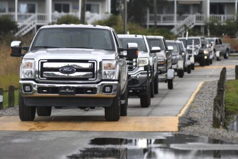 As Hurricane Dorian churns up coast, VDOT lifts some lane closures
