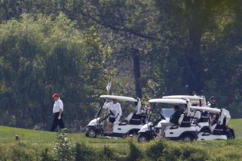 Trump spends Sunday golfing at Virginia club