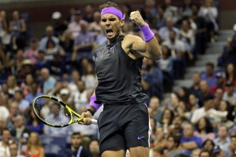 Rafael Nadal looks good at US Open, and Tiger Woods approves