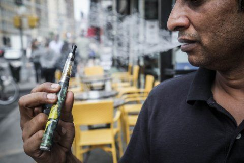 Panel approves ban on sale of flavored e-cigs in New York