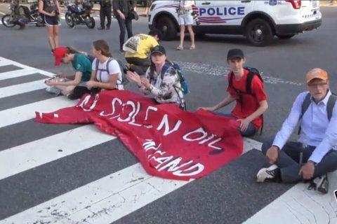 Photos: Shutdown DC protests