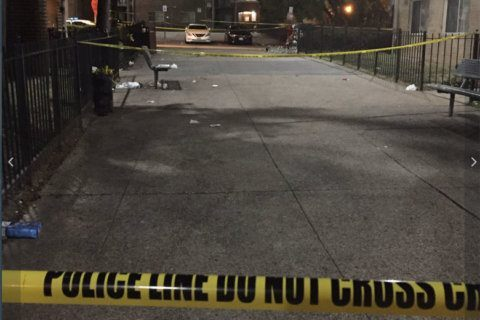 Violent night: 2 dead, 7 wounded in 2 DC shootings