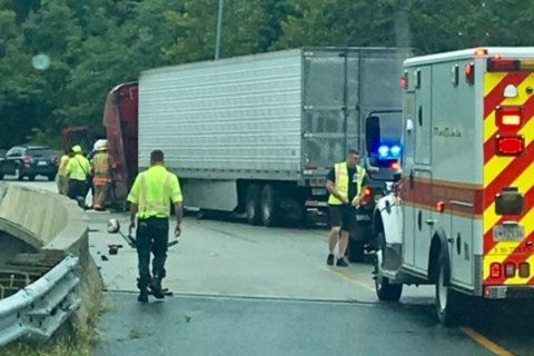 Tractor-trailer crash leads to Beltway lane closures, miles of backups