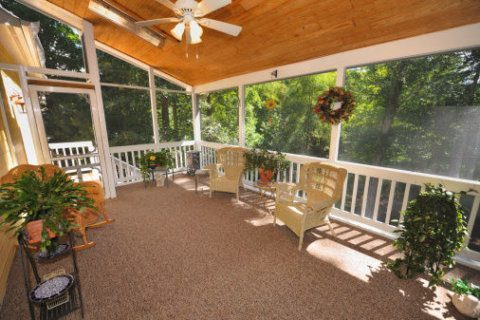10 ways to make your screened porch feel like home