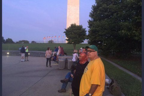 Early-risers head to newly open Washington Monument following 3-year closure