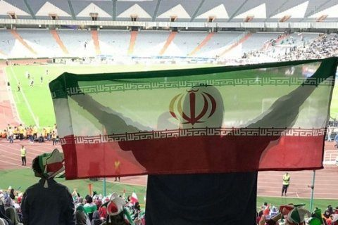 Women attend soccer match in Iran after decades of being kept out