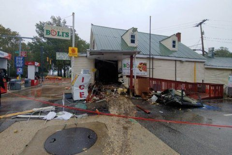 Man hospitalized after crashing car into Davidsonville store