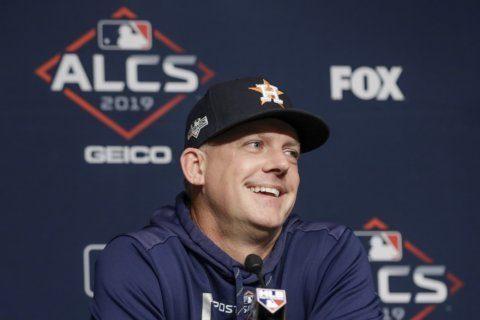 Hinch blows whistle, calls sign stealing suspicions 'a joke'