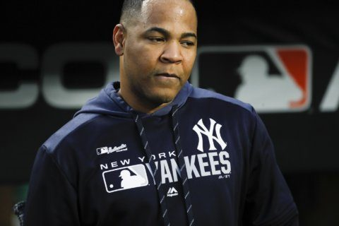 Yankees decline 2020 option for slugger Encarnación