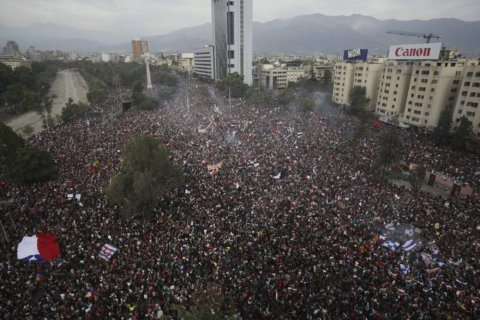 Masses of Chileans jam capital in protest against government
