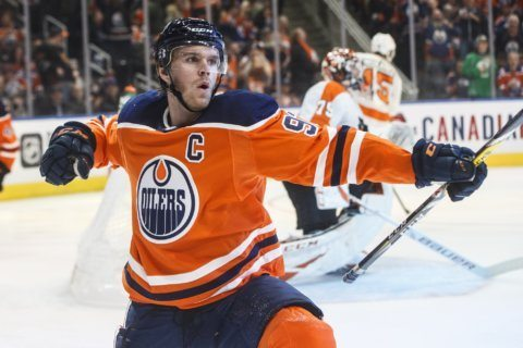 McDavid (5 points) and Draisaitl lead Oilers over Flyers 6-3