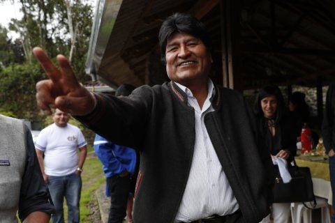 Bolivians pick between Evo Morales and change in tight vote