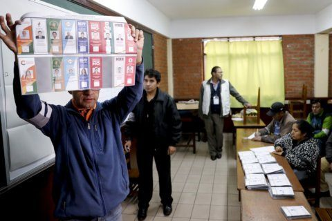 Morales leads in Bolivia vote, but seems headed for runoff