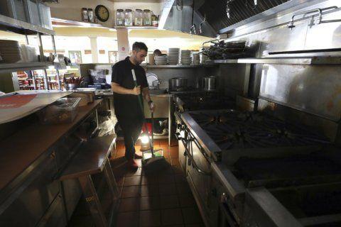 California regulator slams PG&E over electricity shut-off