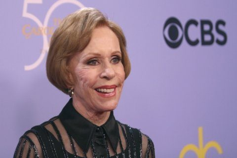 Carol Burnett among panelists for discussion about memoirs