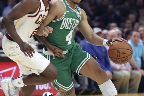 Edwards' 3s in the 3rd send Celtics to perfect preseason