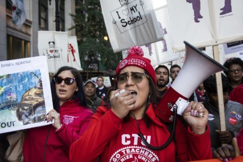Chicago teachers' contract talks about more than money