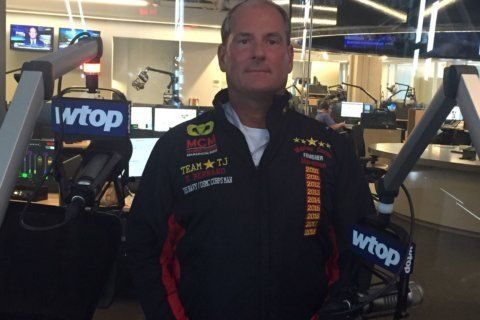 Md. firefighter runs Marine Corps Marathon for 'hero squared' from Gaithersburg
