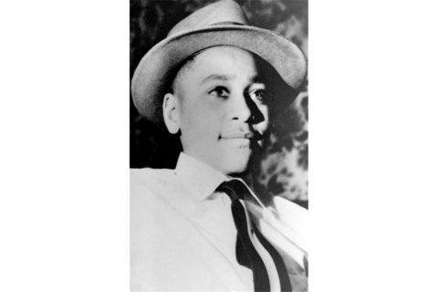 New Emmett Till marker dedicated to replace vandalized sign