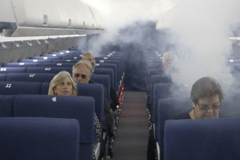 FAA to test whether packed planes affect evacuation time