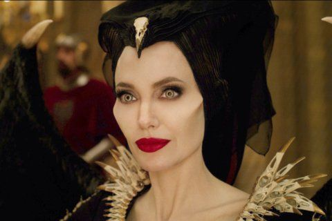 Review: In 'Mistress of Evil,' Maleficent plays mom