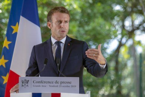 French president inaugurates Jewish center in Paris