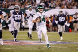 <p><b><i>Cowboys 22</i></b><br /> <b><i>Jets 24</i></b></p> <p>Sam Darnold returned from mono to lead Gang Green to their first home win in a calendar year, and BWAHAHAHAHA DALLAS! HAHAHAHA!</p>