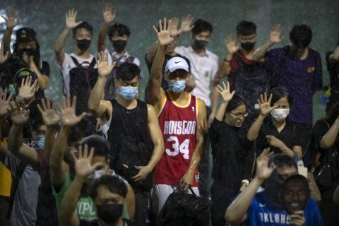 As NBA-China tweet rift continues, James enters spotlight