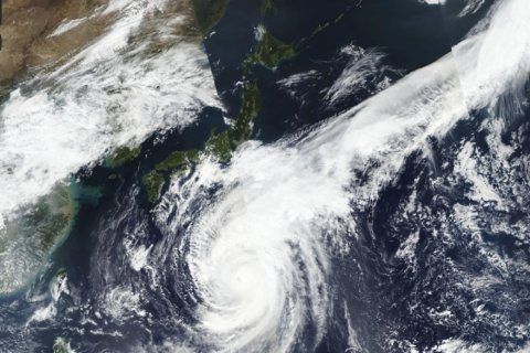Typhoon may bring 30 inches of rain, strong winds to Tokyo