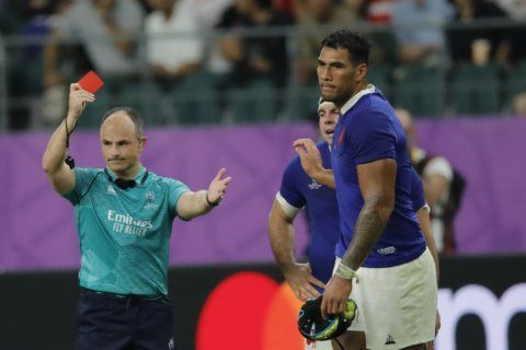 Peyper sidelined over photo; Owens to referee NZ vs England