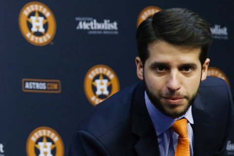 Astros owner apologizes to SI reporter, retracts statement