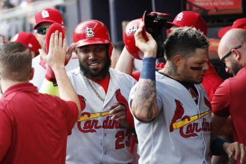 10-spot: Cards oust Braves from NLDS with record 1st inning