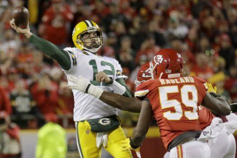 Rodgers, Jones star for Packers in 31-24 victory over Chiefs